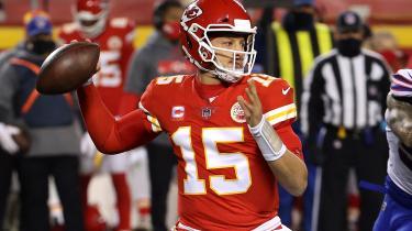 Hvis Patrick Mahomes og Kansas Chiefs vinder Super Bowl, vil han være den første quaterback, som i en alder af bare 25 år har to Super Bowl-titler.