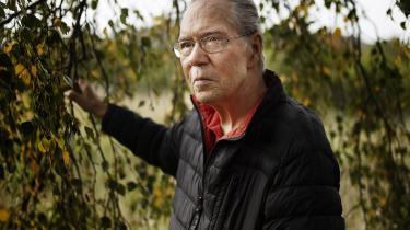 Skal man tro Klaus Høeck, når han på allersidste side af sin nye bog proklamerer, at forfatterskabet er definitivt slut?