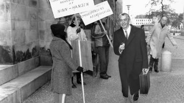 Løgn og bedrag i politik har konsekvenser. Var CD (Centrum-Demokraterne) dengang ikke vågnet op til dåd, da det nu længst nedlagte parti blev inddraget som medvidende, havde Erik Ninn-Hansen klaret frisag og hans forvaltning skabt præcedens. Nu gik det modsat. Ninn-Hansen-skandalen danner grundlag for Støjberg-sagen.