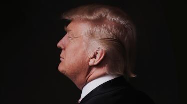 Den tidligere præsident byder 43 republikanske senatorers frikendelse velkommen og lader forstå, at han ikke er færdig med amerikansk politik. Republikanerne benyttede bekvemt et forfatningsteknisk argument til at lade Trump slippe endnu engang, men Mitch McConnell og andre lægger samtidig kraftig afstand til ekspræsidenten