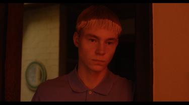Hannah Elbke formår i sin afgangsfilm fra Super16 'Vilde sind' at skildre unge liv på en loyal og indfølt en måde. Det er der brug for i dansk film.