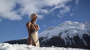 Damien Hirsts Temple er udstillet i St. Moritz i Schweiz.