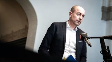 Sundhedsminister Magnus Heunicke efter samråd om epidemiloven mandag. Efter planen vil Folketinget vedtage loven tirsdag.