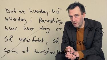 For musikeren Nikolaj Nørlund, som er aktuel med soloalbummet 'Hverdag i Paradis', er sangtekster noget særligt. De skal kunne tåle at blive hørt igen og igen og igen. Vi bad ham pege på nogle af sine bedste vers – og på tekster, han ville ønske han selv havde skrevet