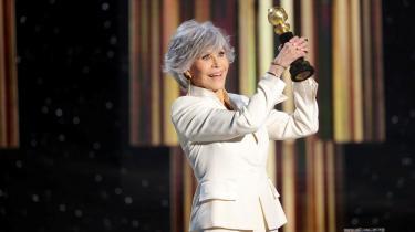 Den 83-årige aktivist og filmstjerne (alias 'Hanoi Jane')har vundet Cecil B. DeMille-prisen for sit 'livsværk'. I takketalen skosede hun Hollywoods mangel på 'diversitet'.