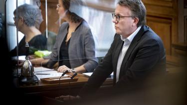 »Det er sindssygt, at de her bagmænd bare kan blive ved med at fortsætte de her momssvindelkomplekser. Det virker jo, som om håndhævelsen på det her område næsten er fraværende. Der skal simpelthen strammes gevaldigt op. Og der må tilføres flere ressourcer til bekæmpelse af økonomisk kriminalitet,« siger Kathrine Olldag, som ønsker at indkalde skatteminister, Morten Bødskov, til samråd om sagen.