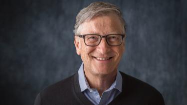 Let forenklet skal vi – for både at bekæmpe fattigdom og undgå klimakatastrofen – tredoble den globale energiproduktion, samtidig med at vi inden 2050 holder op med at bruge fossile brændstoffer. Den opgave er større end noget, menneskeheden hidtil har løst. Men Bill Gates forklarer i bogen overbevisende, at det både er helt nødvendigt og faktisk muligt.