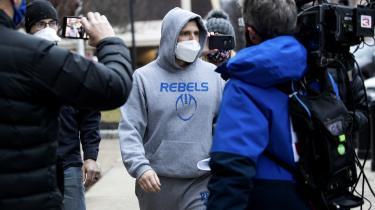 Derrick Evans på vej ud af retsbygningen få dage efter, han har været med til at storme Kongressen