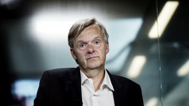 Poul Madsen har besluttet, at Ekstra Bladet afskaffe massageannoncerne på vej ud ad døren for at gøre det nemmere for sin efterfølger.