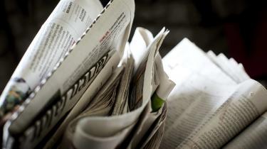 »Borgerne tvinges som i gamle dage til at vælge avis, og det fastholder den ellers nysgerrige samfundsborger i et snævert perspektiv,« skriver Nicolaj Ottsen.