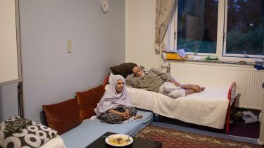 Information besøgte i 2015 afghanske Shafiqe Delbaar (tv) og Abdulzahir Mohparwar (th) på Avnstrup Asylcenter. Arkivfoto.