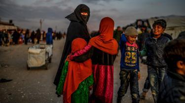 Selv om sikkerhedsrisikoen ikke burde være argument nok til at svigte børnene i de syriske lejre (her al-Hol), så er det ikke et ligegyldigt argument. For selvfølgelig må stater tænke over, hvilke farer de udsætter deres borgere for. Problemet for regeringen er bare, at argumentet ikke holder.