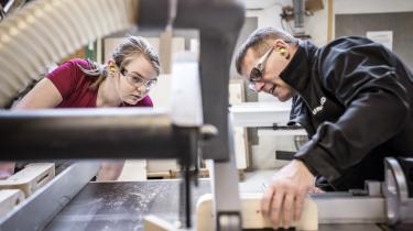 Professor Martin D. Munk mener, at det er et langt større problem, at for få unge tager en erhvervsuddannelse, end at den sociale mobilitet ifølge ny forskning er faldende.