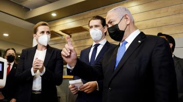 Statsminister Mette Frederiksen (S) har været i Israel for at diskutere et vaccinesamarbejde med Israels premierminister, Benjamin Netanyahu, og Østrigs forbundskansler, Sebastian Kurz.