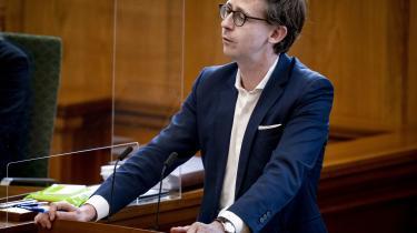 Venstres Karsten Lauritzen i Folketingssalen, under et møde hvor en række lovforslag bliver behandlet.