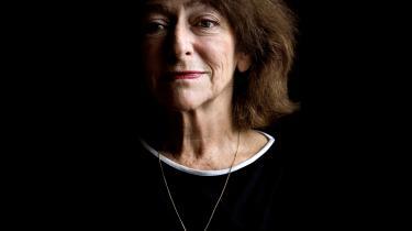 'Hvor er det heldigt, at vi har lyrikken, når vi nu ikke kan slippe for døden,' står der på Janina Katz' gravsted.