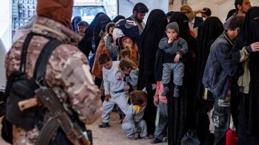 Syv danske kvinder og 19 børn opholder sig lige nu i de syriske fangelejre al Hol og al Roj, som er kontrolleret af kurderne. Særligt forholdene i al Hol (billedet) er ifølge flere efterretningstjenester bekymrende.