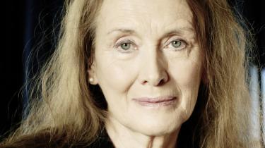 Den franske forfatterinde skriver den store historie om det sidste århundrede gennem noget så simpelt som ordet 'vi'. 'Årene' er en utrolig bedrift af en menneskelig bog