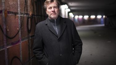 Benn Q. Holms nye roman 'Et stykke af tiden' er en coming-of-age-fortælling om en ung mand i Den Kolde Krigs Berlin.