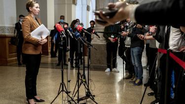 Statsminister Mette Frederiksen har formået at gøre, hvad forgængeren Lars Løkke Rasmussen kun talte om i seneste valgkamp, nemlig at forene alle de løsningsorienterede humanister, anstændige borgerlige og ikke mindst de endnu flere opportunistiske centrister.