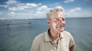 Det er et sympatisk projekt at ville fortælle fiskeriets historie, men er Kent Kirk – her fotograferet i 2015 på stranden ved sit hjem i Espergærde – det rette udgangspunkt for den fortælling?