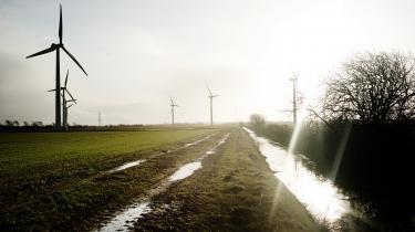 Ifølge analysen fra Dansk Energi har de seneste års politiske justeringer resulteret i, at det i dag er op til 40 procent dyrere at anlægge en vindmøllepark end sidste år
