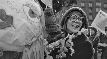Rødstrømper afholder anti-juledemonstration på Strøget i 1971. Tidligere rødstrømpe fortryder, at hun ikke har brugt erfaringerne fra kvindekampe til at hjælpe de muslimske kvinder mod undertrykkelse.
