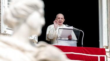 Vatikanstaten, styret af pave Frans, er nu den eneste stat, der mangler at underskrive Parisaftalen.