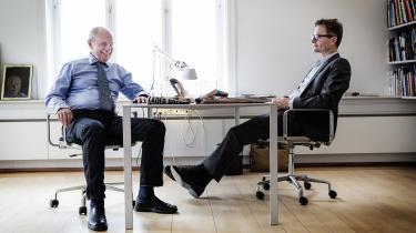 Lars Munch og Jørgen Ejbøl var i årevis et stærkt og tilsyneladende harmonisk makkerpar i toppen af Danmarks største dagbladskoncern – muntert betegnet som 'skønheden og udyret'.