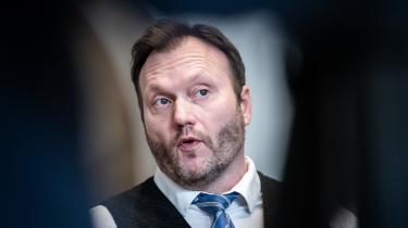 Nye Borgerliges Lars Boje Mathiesen er ifølge en ny analyse den mest aktive i Facebooks kommentarspor blandt danske politikere.