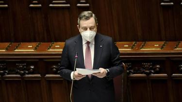Den italienske premierminister, Mario Draghi, præsenterede mandag sin forkromede 300 sider lange genopretningsplan for det italienske parlament, inden den skal godkendes af EU-Kommissionen.