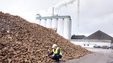 Regeringen vedtog for nylig at etablere en ny gasledning til Lolland-Falster, der kan forsyne lokalområdets største arbejdsplads, Nordic Sugar. Enhedslisten har kritiseret, at regeringen ikke i stedet bad fabrikkerne om at elektrificere.