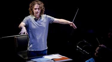 Dirigenten Nicholas Collon viste sit sande potentiale ved torsdagskoncerten i Koncerthuset den 29. April.