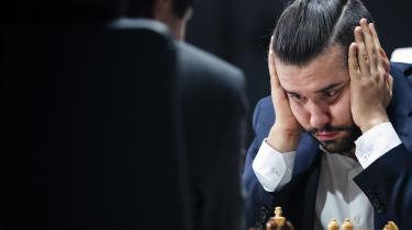 Ian Nepomniachtchi er en populær skikkelse i det internationale skakliv – her portrætteret som forsidefigur på magasinet New in Chess.