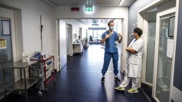 Omkring 14.000 kvinder får årligt foretaget en provokeret abort i Danmark, viser de seneste tal fra Sundhedsdatastyrelsen