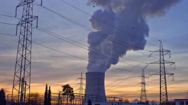 Atomkraftværket Goesgen i Obergoesgen i Schweiz. Selv i 2021 er det muligt, at vores klimaminister fortæller os, at atomkraft er farlige terrormål, på trods af at EU-Kommissionens uafhængige forskningsenhed JRC for nylig har fundet frem til, at terrorrisikoen ved atomkraft er forsvindende lille, skriver Johan Christian Sollid i denne kommentar.