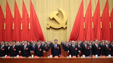 Kina har bevæget sig i en markant mere autoritær og undertrykkende retning, siden præsident Xi Jinping kom til magten i 2012, lyder det fra Reinhard Bütikofer, medlem af EU-Parlamentet, tidligere formand for De Grønne i Tyskland, og i dag kendt som nummer ét på Kinas sanktionsliste.