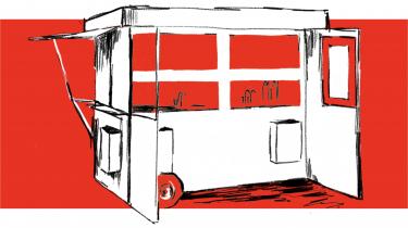 Pølsevognen er en gastronomisk institution, men der har aldrig været færre vogne på gaden end nu. Den originale danske streetfood fylder 100 år – spørgsmålet er, om den trænger til en opdatering