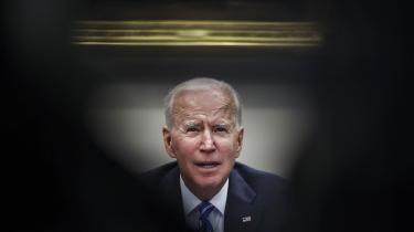 Til efteråret planlægger Biden at samle 'den frie verden' til et »demokratiernes topmøde« i Washington, D.C., hvortil statsoverhoveder og regeringschefer fra de »demokratiske« lande vil blive indbudt.