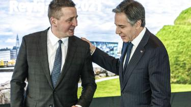 USA's udenrigsminister Antony Blinken modtages af Islands udenrigsminister Gudlaugur Thordarson ved mødet i Arktisk Råd.