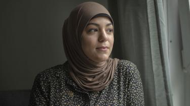 Det var blandt andet Kodes Hamdi, der blev overfuset i den omdiskuterede video fra Kastrup Havn. Kodes Hamdi deltog sidste år i Informations serie om racisme i Danmark, hvor hun fortalte om en lignende episode med tilråb fra en parkeringsplads.