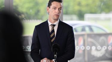 Bolig- og indenrigsminister Kaare Dybvad Bek lagde op til at udlægge to store nye erhvervsområder i lufthavnen og Holmene ved Avedøre Holme, da regeringen onsdag præsenterede e udspil om grønne byer.