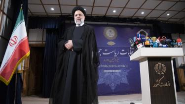 I flere år har 61-årige Ebrahim Raisi været nævnt som ayatollah Khameneis potentielle afløser, og nu tyder alt på, at Khamenei ønsker ham som præsident for Iran.