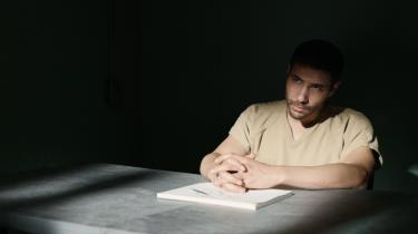 Tahar Rahim er fantastisk i rollen som terroranklaget Guantánamo-fange i filmen The Mauritanian.