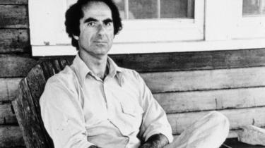 Forfatter af Philip Roth-biografi er anklaget for seksuelle overgreb, og bogen skrottes af forlaget. Og derudover er der uklarhed om retten til Roths arkiver. For hvem skal egentlig have lov til at forme en kunstners offentlige billede?