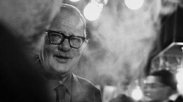 I år er det 100-året for udgivelsen af Tom Kristensens 'Livets Arabesk', en af dansk litteraturs største romaner, og det er 75-året for hans flugt fra dødsdruk i København til den lille sydfynske ø Thurø