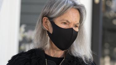 Mens man venter på Louise Glücks nye udgivelse, kan man gå på opdagelse i hendes godt 50 år lange forfatterskab.