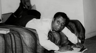 James Baldwin – her på et billede fra 1963 – skriver uforfærdet, kompromisløst og kærligt, om det hårde i livet, siger Mikas Lang.
