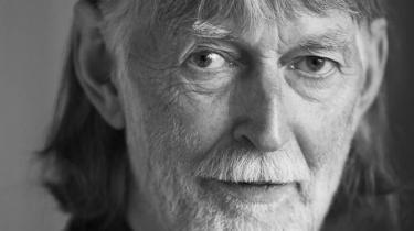 Lyrikeren, historiefortælleren og folkemindeforskeren Eske K. Mathiesen er død i en alder af 77 år