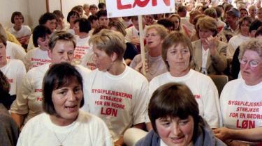 Når sygeplejersker landet over lørdag nat går i strejke for at presse arbejdsgiverne til mere i løn, er det langtfra første gang. Historien viser, at det er muligt at presse til minimale lønstigninger, men et egentligt opgør med uligelønnen er stort set umulig, lyder det fra tidligere fagforeningsmand Dennis Kristensen
